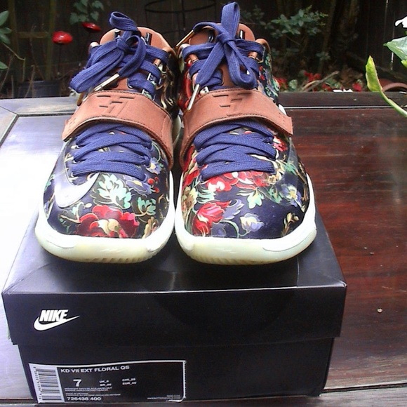 buy popular 1d26d 42eef ✨✨HP AUTH NIKE KD 7 FLORAL SHOES NAVY & HAZELNUT✨✨